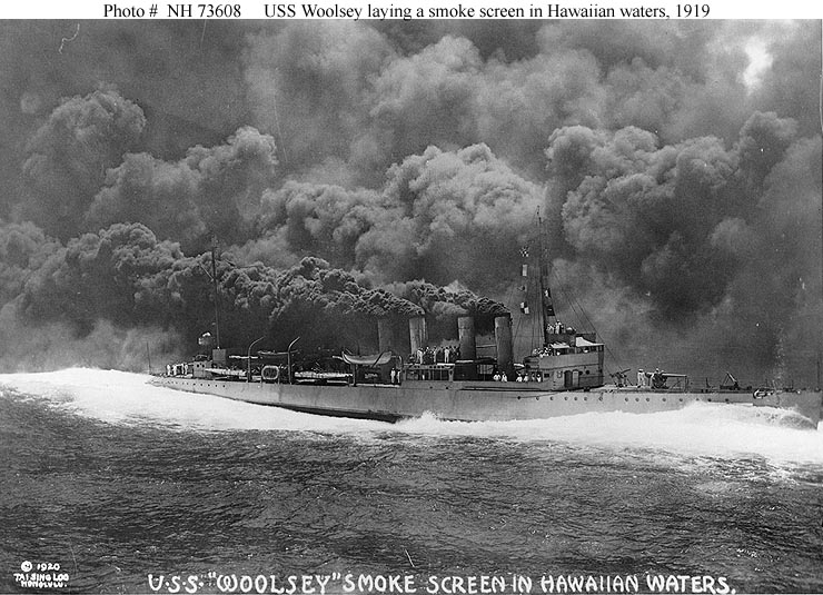 Destroyer making smoke in practice near the Hawaiian Islands